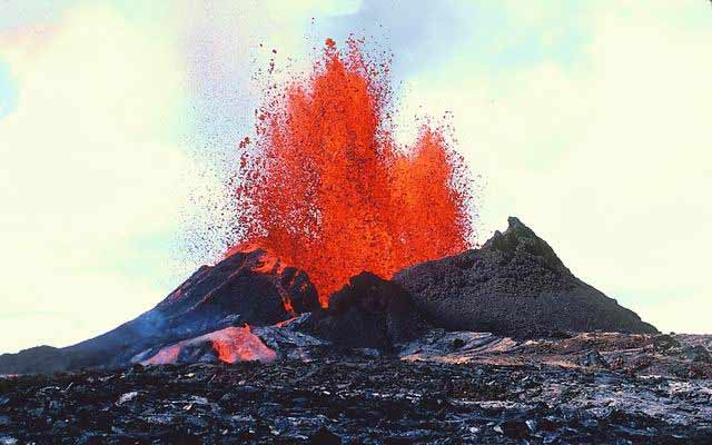 Не сидите на вулкане, он все равно взорвется.