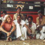 Что приводит людей к Бхагавану?