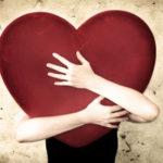Любовь идет от сердца, брак – от ума.